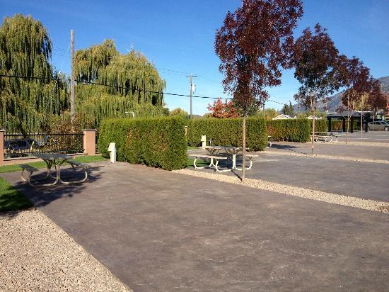 Walton 39 S Lakefront Resort 250 495 7033 3207 Lakeshore Drive Osoyoos British Columbia Phone